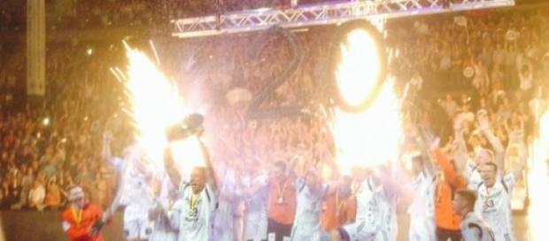 THW-Kiel celebra a conquista do campeonato