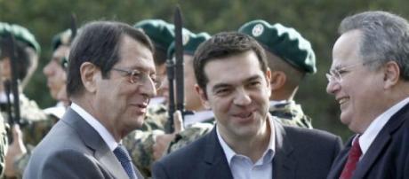Tsipras tenta proposta de última hora.