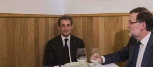 La foto de Rajoy y Sarkozy que ha divertido mucho.
