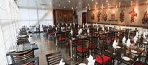 Restaurantes existem desde o século XVIII.