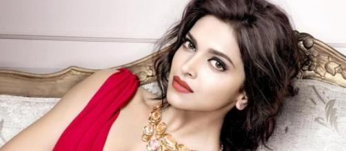 Russell Brand falls for Deepika Padukone