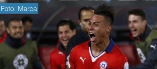 Chile venció dos por uno a Perú