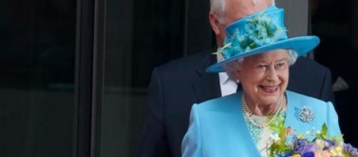 A 'morte' da Rainha dominou os jornais.