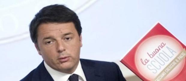 """Renzi presenta il decreto """"la Buona scuola"""""""
