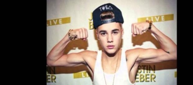 Justin Bieber quer ter mais músculos.