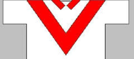St Helens regained top spot in the Super League