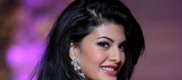 Jacqueline Fernandez performs at IIFA