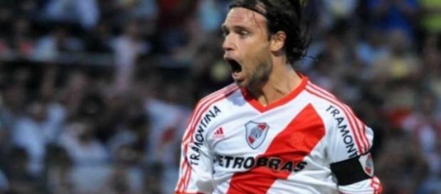 Cavenaghi se queda en River para la Libertadores