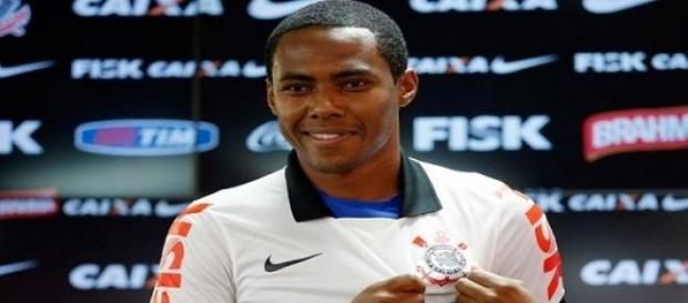 Flamengo sondou Elias novamente