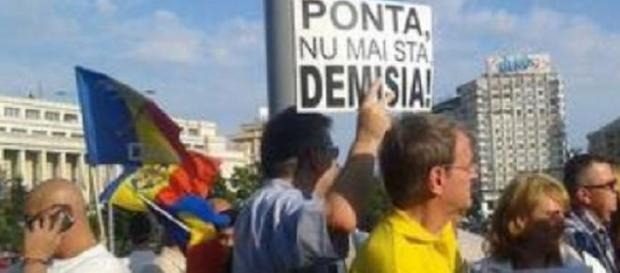 proteste pentru demisia lui Victor Ponta