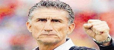 Edgardo Bauza el técnico que lidera el campeonato