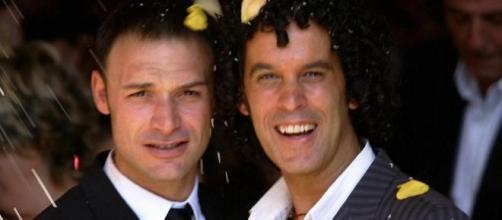 Jesús Santos y Pedro Zerolo el día de su boda.