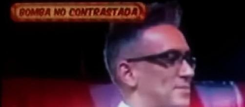 Kiko Hernández dando la No Exclusiva en Sálvame