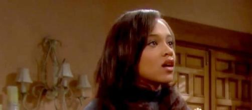 Nicole Avant nasconde un segreto su Maya