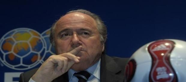 Joseph Blatter parece querer acallar el escándalo