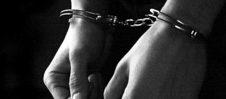 Suspeitos confessam crime e estão presos