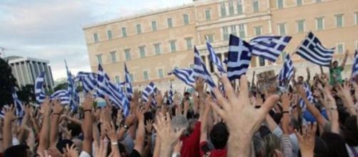 Manifestanti pro Euro ad Atene