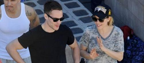 Rachel e Taylor nas filmagens onde se conheceram.