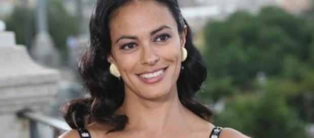 Maria Grazia Cucinotta in un film