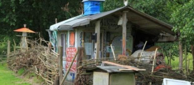 """Newtopia hat mit """"Villa Hühnerglück"""" wenig zu tun"""