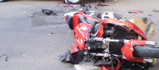 Zeci de masini avariate si soferi raniti