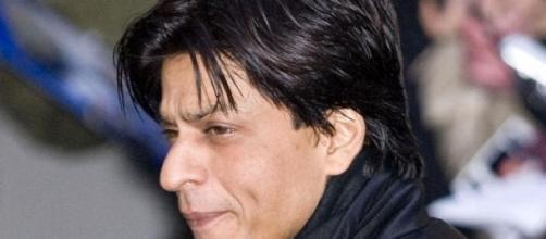 Shahrukh Khan's Fan teaser is heart warming