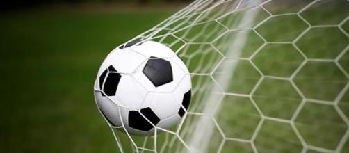 Sky e Mediaset Premium, pacchetti calcio e sport