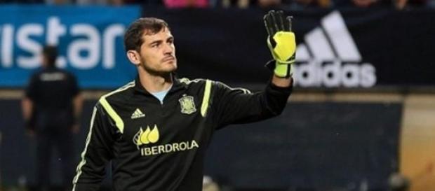 Casillas já é jogador do Porto.