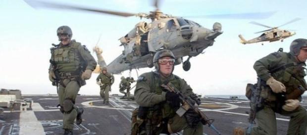 Forças americanas combatem o Estado Islâmico