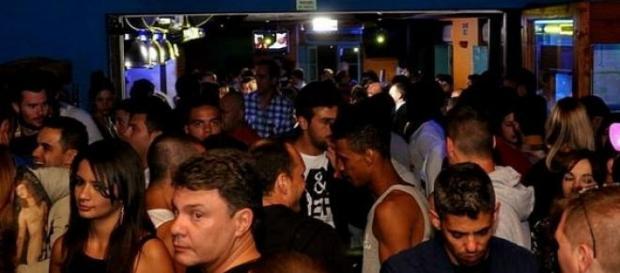 Acidente ocorreu na conhecida rua dos bares