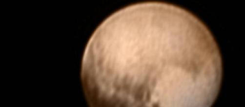 Prima immagine del cuore di Plutone, diretta live
