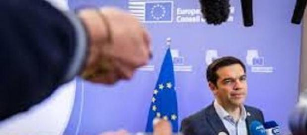 Tsipras ancora teso dopo l'accordo salva Grecia