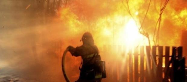 Un copil de cinci ani a ars de viu!