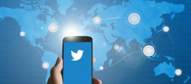 Usuários de twitter dizem que o acordo é um golpe