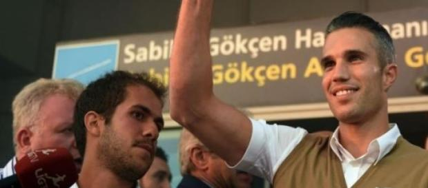 Van Persie en su llegada a Turquía