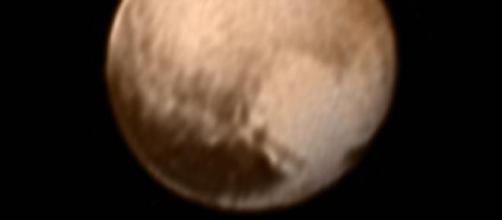 New Horizons alla distanza minima da Plutone