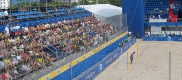 O Mundial de futebol de praia decorre em Espinho