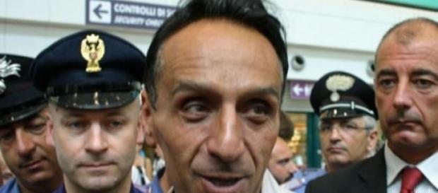 Roberto Berardi all'aeroporto di Fiumicino