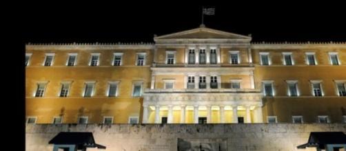 Entro la mezzanotte il voto del Parlamento