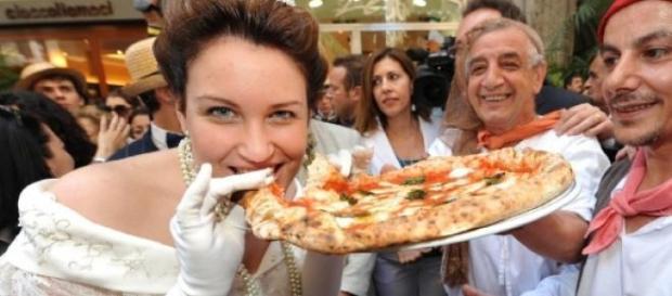 Pizza: la vera ricetta napoletana