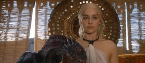 "Emilia Clarke; ""Khaleesi"" en ""Game Of Thrones"""