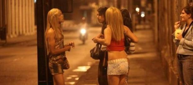 A obligat șase românce să se prostitueze!