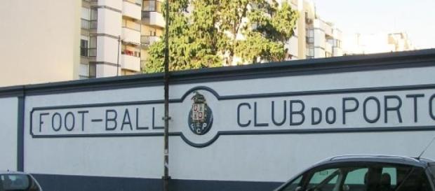 Imagen del antiguo campo de fútbol del Oporto