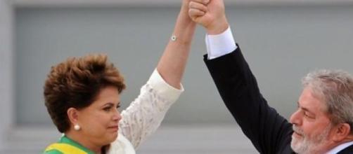 Dilma Rousseff e Lula in difficoltà
