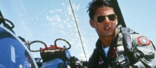 Tom Cruise è Maverick in una scena del film