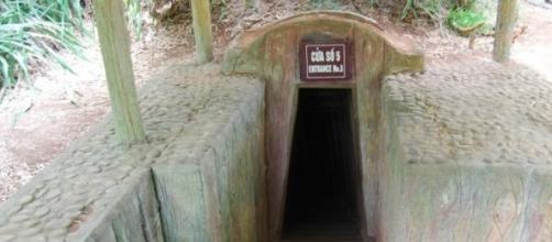 Una de las entradas a los túneles de Vinh Moc