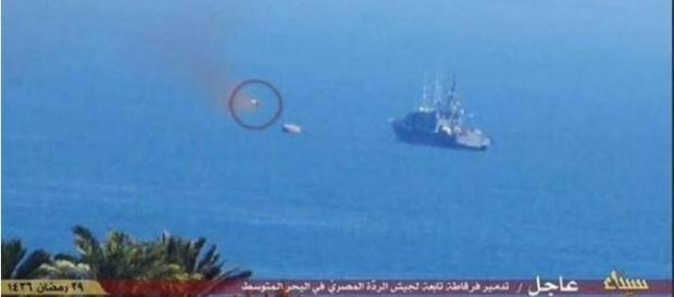 Il presunto missile Isis in volo