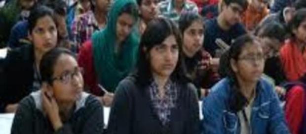 India, truffa ai test di medicina