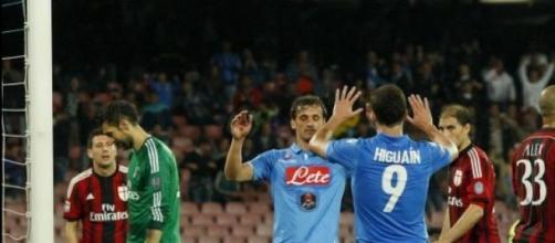 Milan-Napoli, la sfida inizia sul mercato.