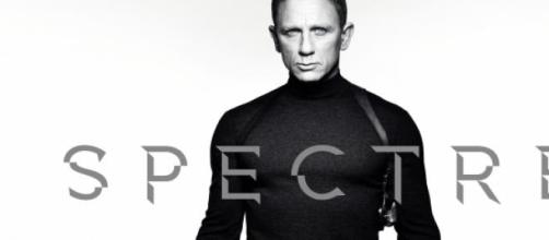 007- SPECTRE poster. Coming Soon